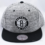 Mitchell & Ness Grey Duster Snapback Brooklyn Nets Grey / Black