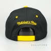 MITCHELL & NESS LOS ANGELES LAKERS TEAM LOGO 2-TONE 110 SNAPBACK BLACK/YELLOW