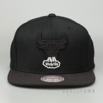 MITCHELL & NESS CHICAGO BULLS FULL DOLLAR SNAPBACK BLACK