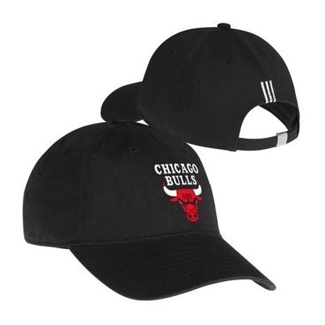 Adidas šiltovka Chicago Bulls