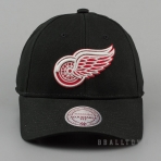 Mitchell & Ness Team Logo Cotton Low Pro Strapback NHL - Detroit Redwings Black