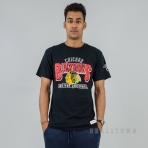 Mitchell & Ness NHL Wall Pass Tee Chicago Blackhawks Black