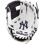 "WILSON A0200 10"" NEW YORK YANKEES BASEBELL GLOVE"