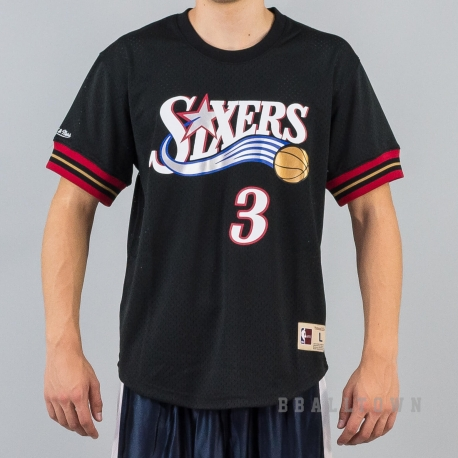 Mitchell & Ness NBA Name/Number Mesh V-Neck Philadelphia 76ERS / Allen Iverson Black/Red